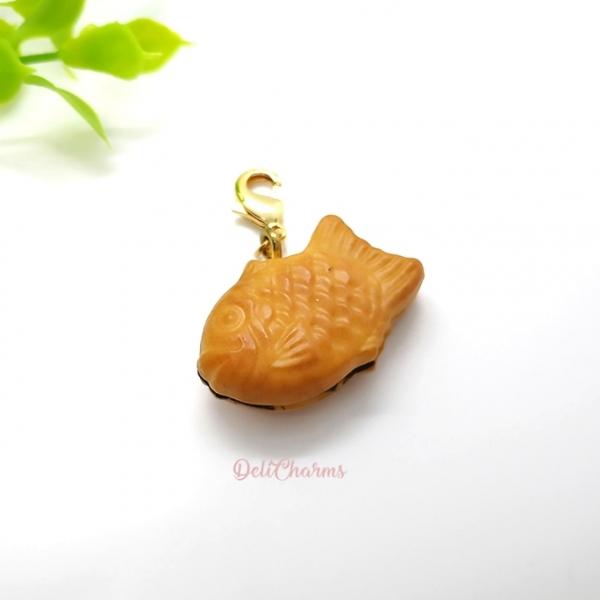 Taiyaki-bag-charms-kawaii-japanese-clay-charm