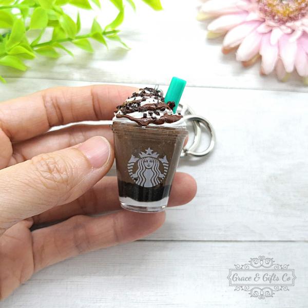Miniature Starbucks keychain Mocha Cookie Crumble 2